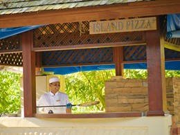 restaurant Island Pizza
