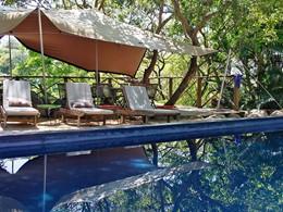La piscine d'Otentic Eco Tent Experience à l'île Maurice