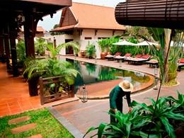 Vue de la piscine de l'hôtel PadiVilla Resort & Spa