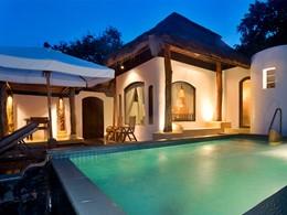 Beach Front Pool villa (101, 102) de l'hôtel Paradee en Thaïlande