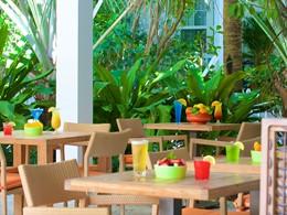 Le restaurant Café Blue de l'hôtel Parrot Key