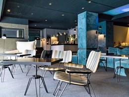 Lounge luxueux et minimaliste