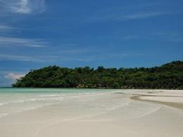 La plage de Klong Chaow de l'hôtel Peter Pan Resort
