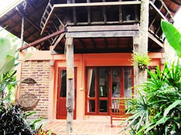 L'exterieur de la Family Room Splonge Villa du Peter Pan Resort