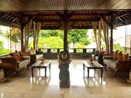 Espace lounge de l'hôtel Puri Bagus Lovina