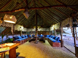 Le lounge de l'hôtel Raimiti Fakarava en Polynésie