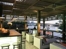 Le bar Mezzanine