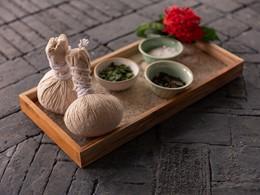 Soins à base de produits naturels au spa