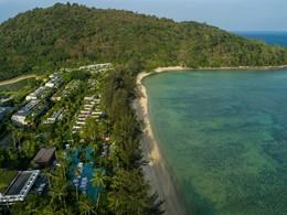 Vue aérienne de l'hôtel Rosewood Phuket en Thaïlande