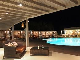 La piscine vue de nuit