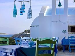 Greek Kafenion Restaurant de l'hôtel St. Nicolas Bay