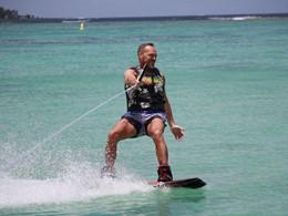 Profitez des nombreuses activités nautiques du Sakoa