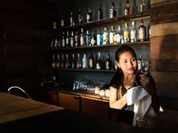 Le bar du restaurant Monolith