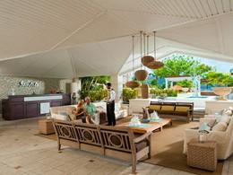 Le lobby du Sandals Grande St. Lucian aux Antilles