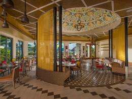 Le restaurant Bombay Club du Sandals Grande St. Lucian