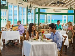 Le restaurant Kelly's Dockside du Sandals Halcyon Beach