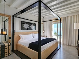 Deluxe Suite Sea View du Santa Marina en Grèce