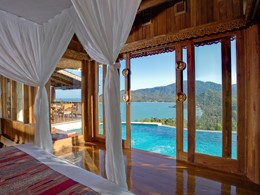Royal grand pool villa suite du Santhiya Resort & Spa