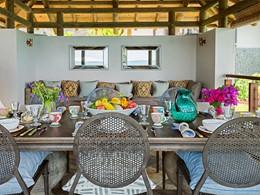 Profitez d'un somptueux repas dans votre villa Sea Monkey