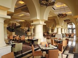 Le restaurant Sofra bld du Shangri-La Qaryat Al Beri