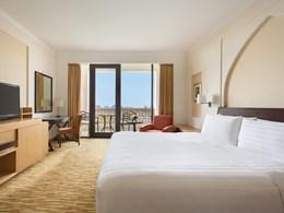 La Al Bandar Deluxe Seaview Room