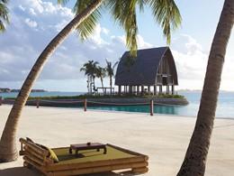 Le ponton d'arrivée du Shangri-la's Villingili Resort
