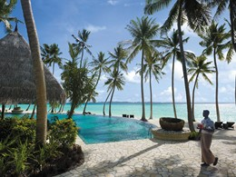 Piscine de l'hôtel Shangri-La's Villingili Resort