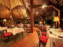 Le restaurant Manu Tuki du Sofitel Bora Bora Private Island