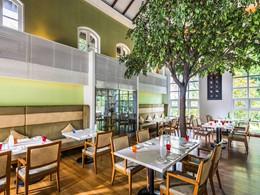 Le restaurant The Garden du Sofitel Singapore Sentosa