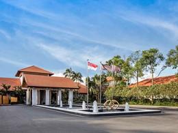 L'entrée de l'hôtel Sofitel Singapore Sentosa Resort