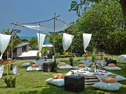 Repas dans le jardin du Soori Bali