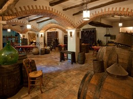 La cave à vin du Su Gologone