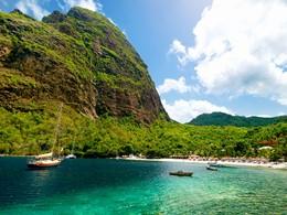 Vue de la mer des Caraïbes à Sainte-Lucie