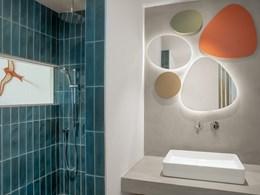 Les salles de bains, décorée avec soin et raffinement
