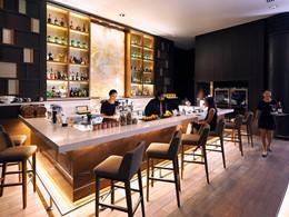 Le Crossroads Bar de l'hôtel Swissotel Merchant Court