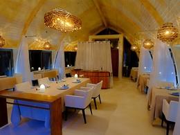 Restaurant Les Mutinés à l'hôtel The Brando en Polynésie
