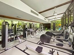 La salle de sport de l'hôtel The Brando en Polynésie