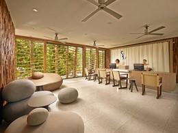 La reception de l'hôtel The Brando en Polynésie
