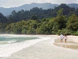 Balade sur la plage de l'hôtel The Datai Langkawi
