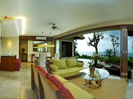 Autre vue de la 1 BR Deluxe Pool Villa de l'hôtel The Griya