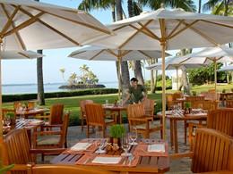 Le restaurant Plumeria Beach House de l'hôtel Kahala