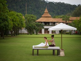 Massage en plein air au Layana Resort and Spa
