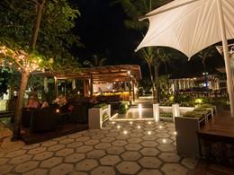 Le bar de l'hôtel Layana Resort en Thailande