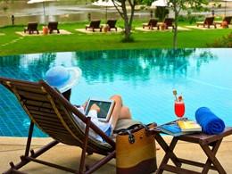 La piscine de l'hôtel Legend Chiang Rai Resort en Thailande
