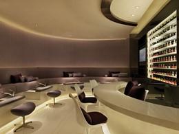 Le salon de manicure de l'hôtel The Mira