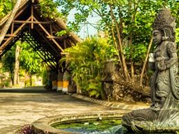 L'entrée de l'hôtel The Oberoi à Bali