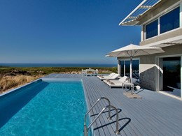 La piscine de la Suite The Forte