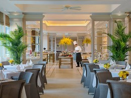 Restaurant Verandha de l'hôtel de luxe Peninsula Hong Kong en Chine