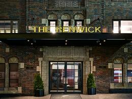 L'entrée du Renwick Hotel
