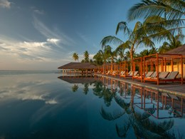 La piscine de l'hôtel offrant des vues magnifiques